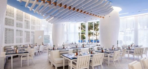 Reminiscent of a Greek taverna seaside, Atlantikos is the newest restaurant at the St. Regis