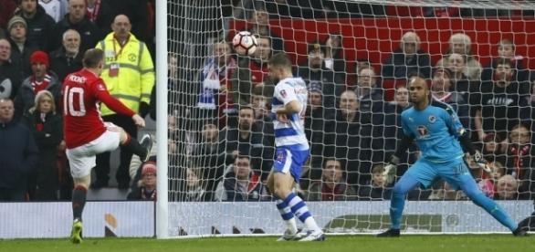 Rooney marcando seu gol histórico