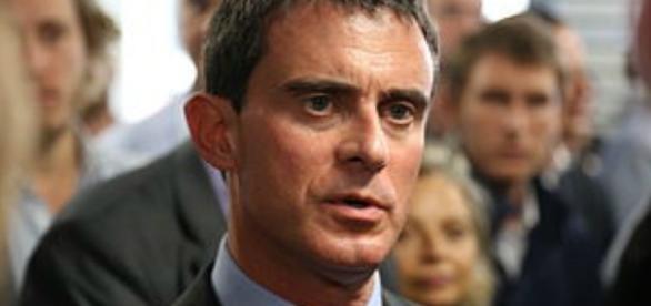 Manuel Valls - loi 49.3 - CC BY