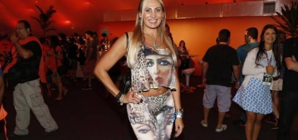 Angela Bismarchi diz ter se convertido