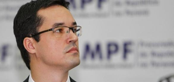 Dallagnol teria postado um comentário contrário às medidas anunciadas pelo Ministro da Justiça, Alexandre de Morais