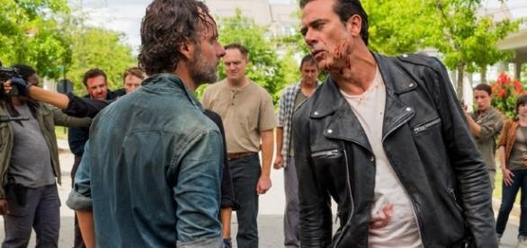 Negan e Rick num encontro em Alexandria