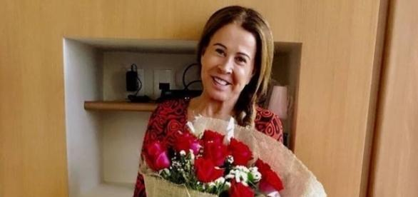 Zilú, ex-mulher de Zezé Di Camargo sofreu acidente, mas já teve alta