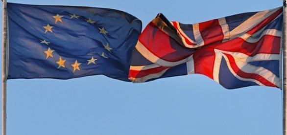 Comisia Europeană investighează Marea Britanie asupra deportării cetățenilor din UE