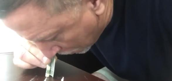 Dolphins OL Coach Chris Foerster Snorting Cocaine Image - BSOTV   YouTube