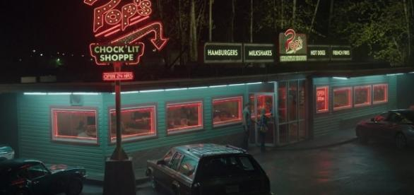 This iconic venue on The CW's 'Riverdale' will briefly pop up in the real world as the show starts season 2. | Credit (Ronnie's Tape/YouTube)