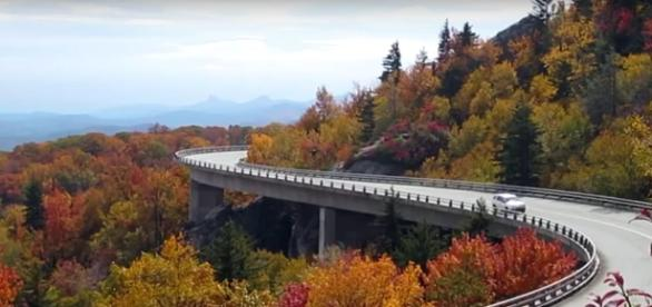 Top four roads for road trips in the US. [Image Credit:penetrode/YouTube]