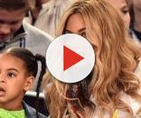Blue Ivy com sua mãe, a cantora Beyoncé