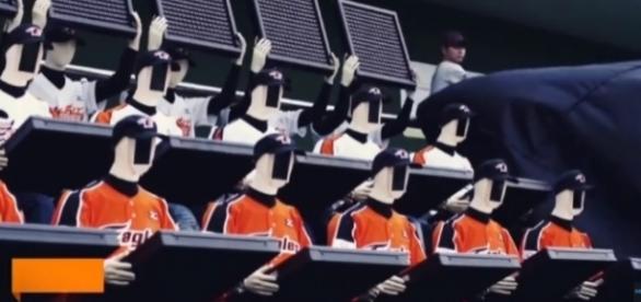 Robot fans | credit, Newsy Tech, YouTube screenshot