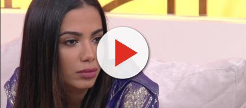 Anitta demonstrou estar cansada e abatida no programa 'Encontro'