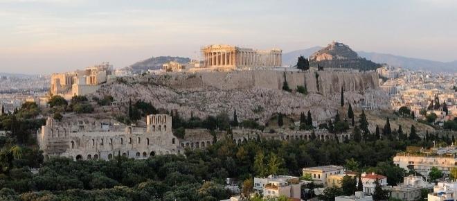 Multinacional tem 5 vagas de emprego em Atenas, Grécia, para quem fala português