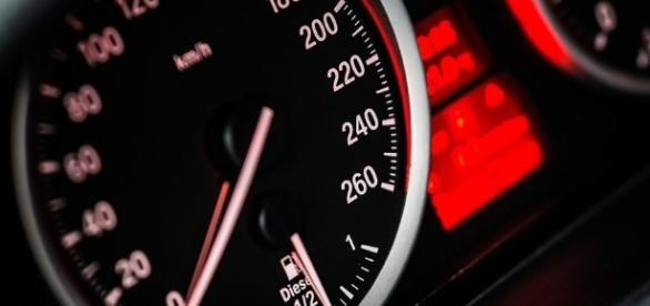 Multe per eccesso di velocità: valida per uno scarto minimo?