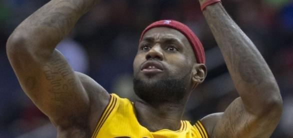 NBA Preseason: Cleveland defeat the Orlando Magic [ Image/source: Keith Allison/Wikimedia Commons]