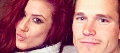Chelsea Houska and Cole DeBoer pose after their engagement. [Photo via Instagram]
