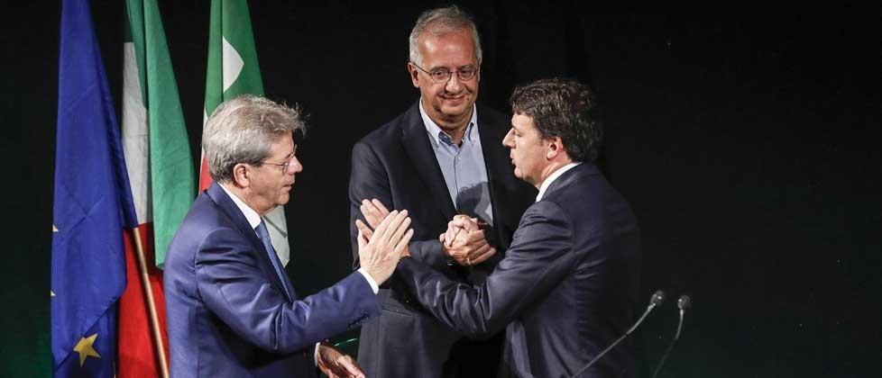 Renzi, Grillo e Berlusconi corrono in vista delle urne