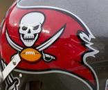 Tampa Bay Buccaneers Helmet | Buccaneers at Redskins 11/16/1… | Flickr - flickr.com