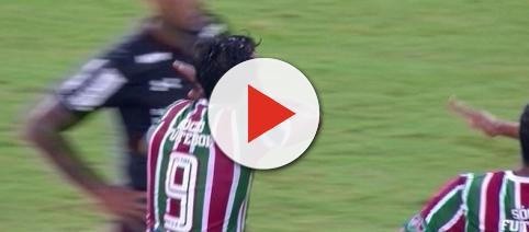 Henrique Dourado voltou a ceifar e abriu o caminho da vitória de 3 a 1 sobre o São Paulo (Foto: Reprodução/Sportv)
