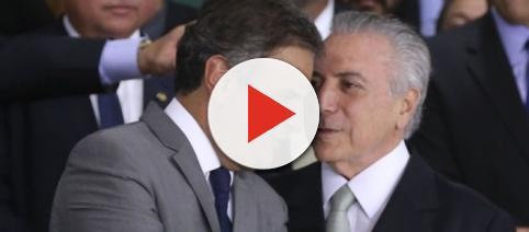 Liderado pelo senador Aécio Neves, PSDB divulga nota negando ter realizado acordo de votos com Temer.