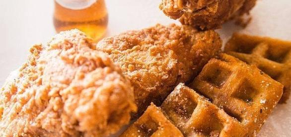 Restaurant uses Popeye's chicken for its chicken and waffles dish. [Image Credit: Congerdesign/Pixabay]