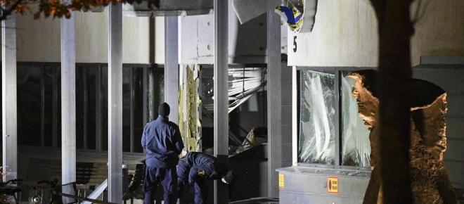 Esplode bomba davanti alla stazione della polizia in Svezia