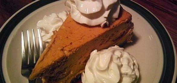 National Pumpkin Cheesecake Day is October 21 [Image: genniebee512/pixabay.com]