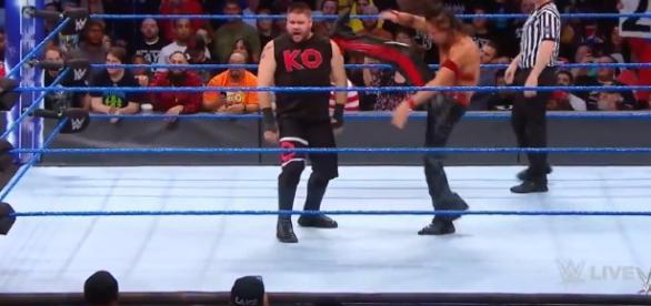 Kevin Owens vs Shinsuke Nakamura; (Image Credit: WWE/YouTube Screencap)