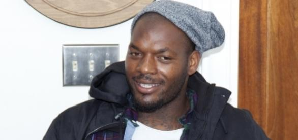 Martellus Bennett [Image by Jim Larrison|Wikimedia Commons| Cropped | CC BY- 2.0 ]