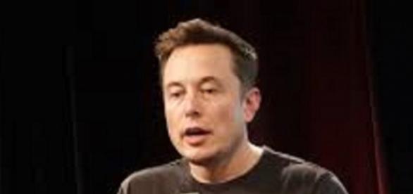Elon Musk (Image courtesy of Juvetsonf wikimedia commons)