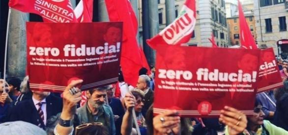 La manifestazione contro il Rosatellum al Pantheon