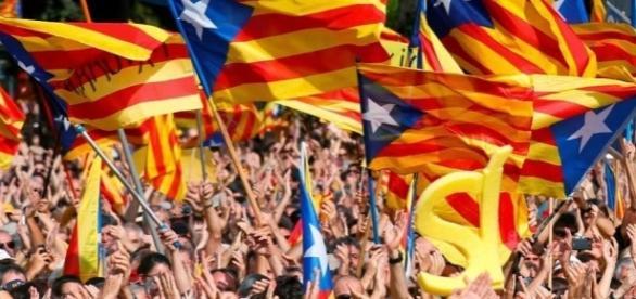 La Catalogna scende in piazza per l'indipendenza