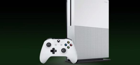 Phil Spencer discussed the importance of Backwards Compatibility support in Xbox One. [Image Credits: Xbox/YouTube]