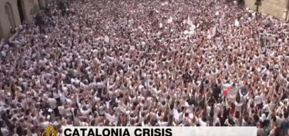Catalonia vote: Thousands rally for unity in Madrid, Barcelona Image - Al Jazeera | YouTube