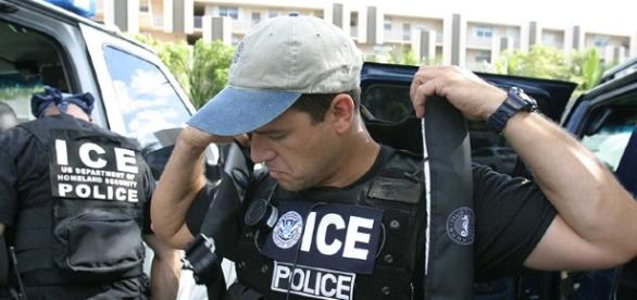 ICE agents (Image Credit: United States Government/Wikimedia Commons)