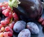 Frutti e ortaggi blu, scuri e rossi, antiossidanti e antinfiammatori ad azione antiobesità.