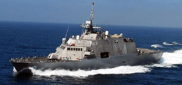 Pentagon announces another big contract [Image viaU.S. Navy photo by Senior Chief Mass Communication Specialist Dave Nagle/Wikimedia Commons]
