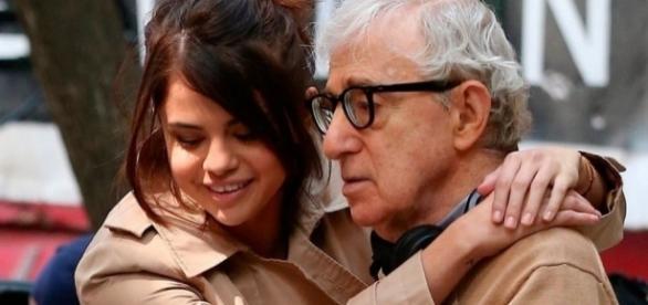 Selena Gomez, radiante en sus primeros días de rodaje con Woody Allen - diezminutos.es