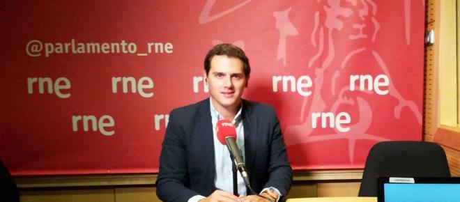 'Cataluña se merece un gobierno sensato' dijo Albert Rivera en RNE