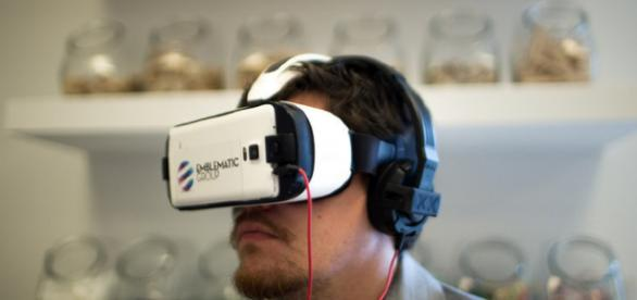 Virtual Reality - Image Credit - Knight Center for Journalism   Flickr