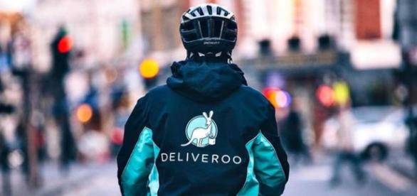 Deliveroo - the logistic genius! - Tookan - tookanapp.com