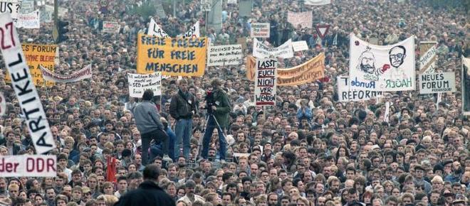 Zur friedlichen DDR-Revolution: