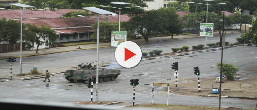 Militares tomam o controle do Zimbábue e presidente é detido