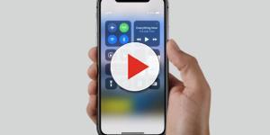 iPhone X: lo smartphone dell'anno non verrà lasciato da 'solo'