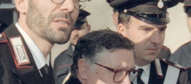 Mafia, morto Riina: la 'belva' che fece guerra allo Stato