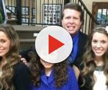 "Jill Duggar supports Derick Dillard mission. Source Youtube TLC ""Counting On"""