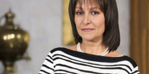 Foto da personagem Vitória, da novela 'Sortilégio'