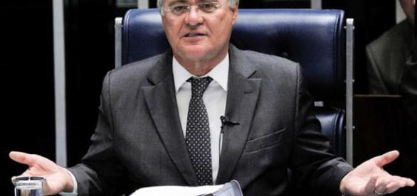 Renan Calheiros é condenado à perda de mandato pela Justiça do Distrito Federal