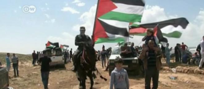 Palestinians threaten to