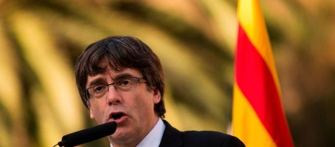 Catalogna: Puigdemont non si presenta in tribunale, in arresto il governo