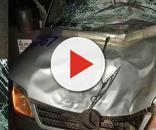 A frente do veículo ficou totalmente destruída