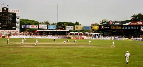 India batted first as Sri Lanka quickly dismissed their top order in the first Test at Eden Gardens - Youtube.com